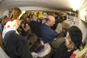 Fundraisers cram into Aldbounre librrary