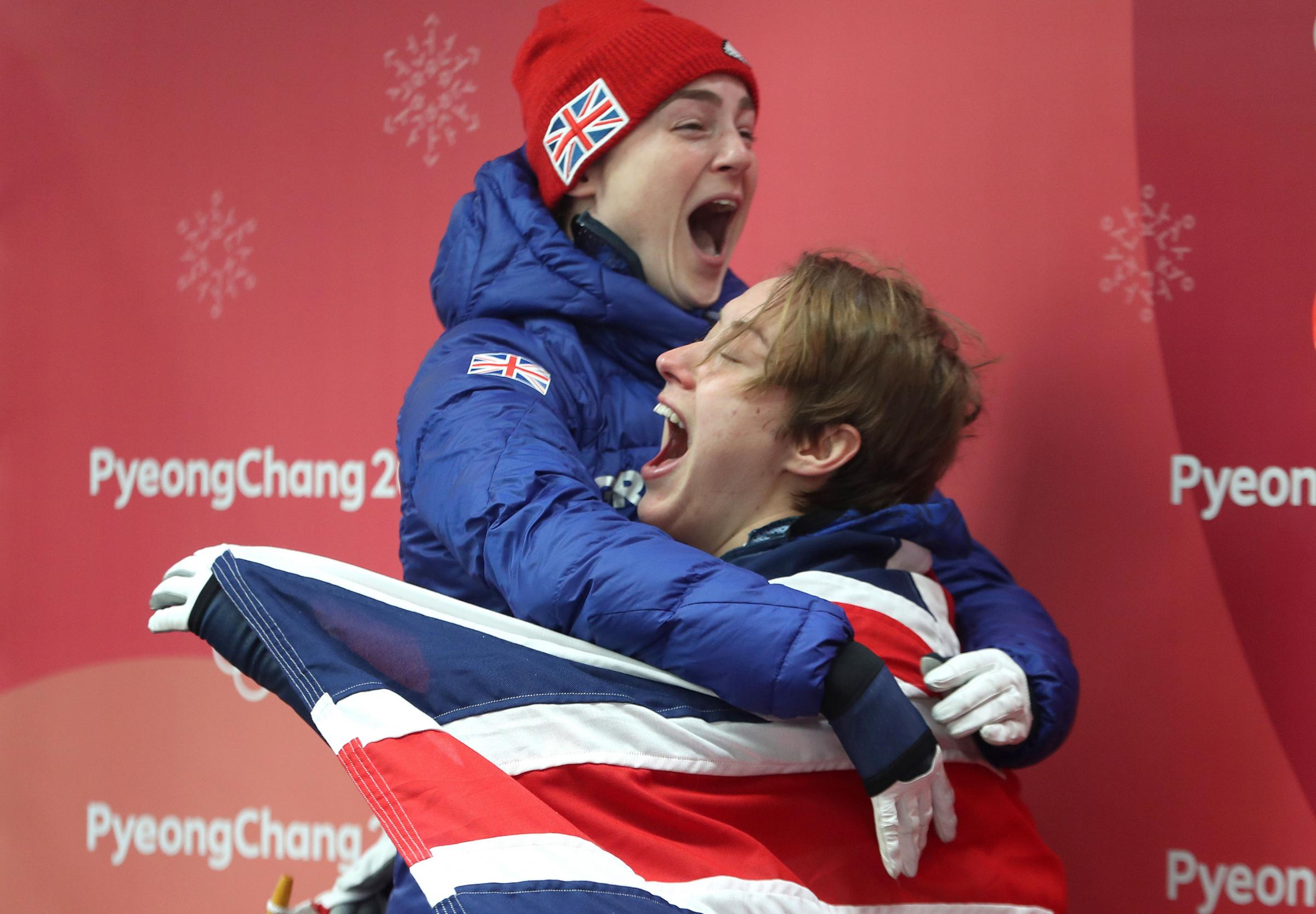 Laura Deas (left) celebrates with gold medalist Lizzy Yarnold