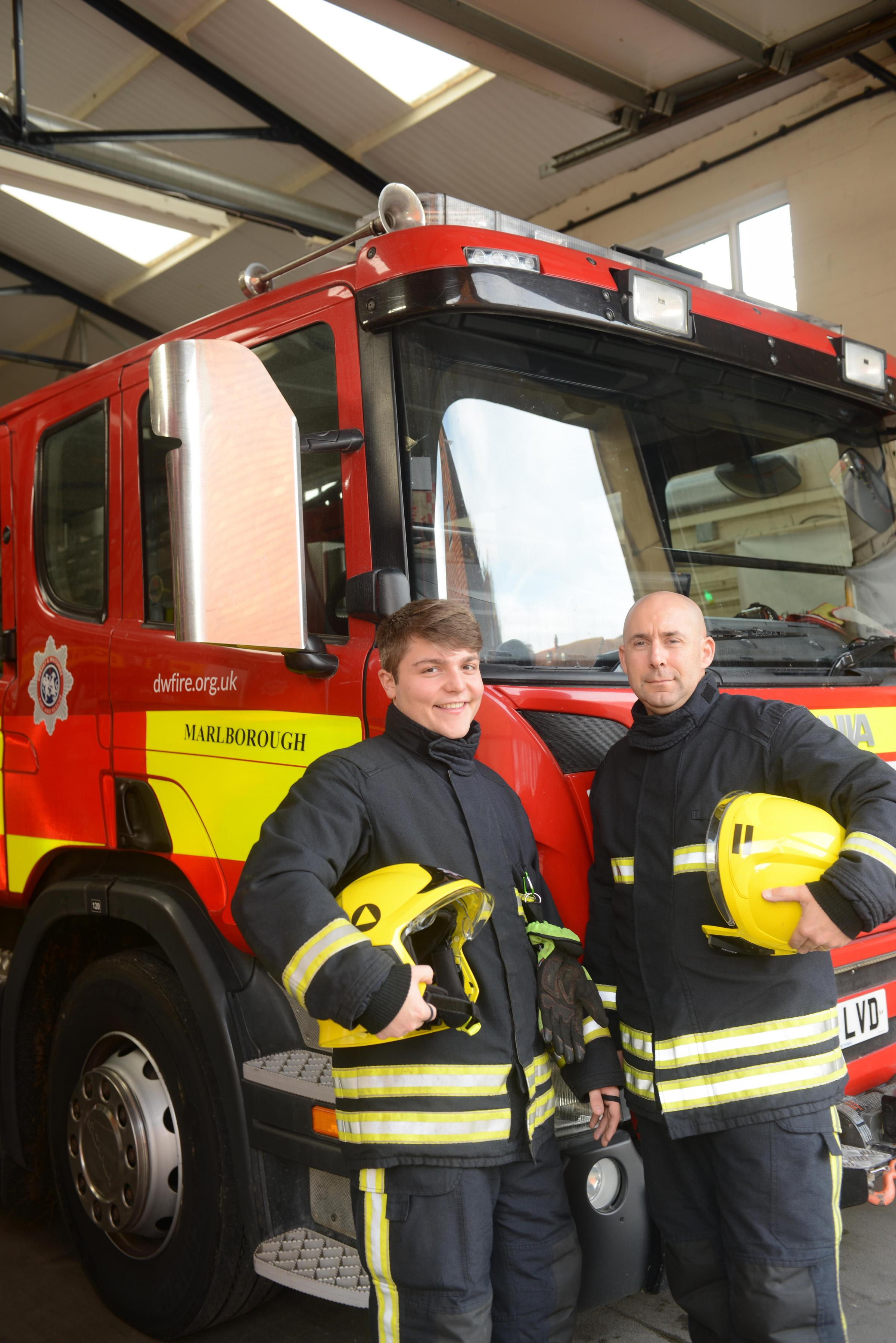 L-r firefighter Sam Flippance and crew mgr Mark Braithwaite. Marlborough fire station recruiting retainers. Photo: Siobhan Boyle SMB2204/4.