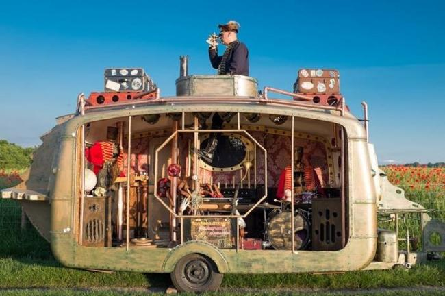 Ichabod Steam and his Anamatronic Band will appear at Chippenham's first ever Steampunk festival