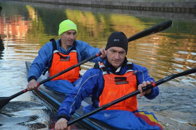 Steve Bush and Mark Ball to undertake the Devizes to Westminster Canoe race after fell  run  and tandem cycle