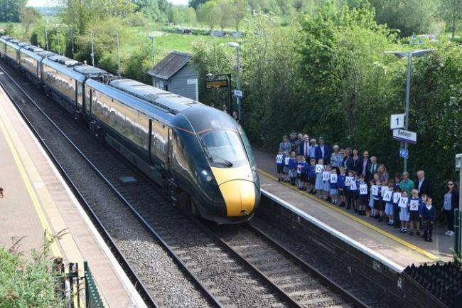 MP Claire Perry and children from Great Bedwyn primary celebrate new train